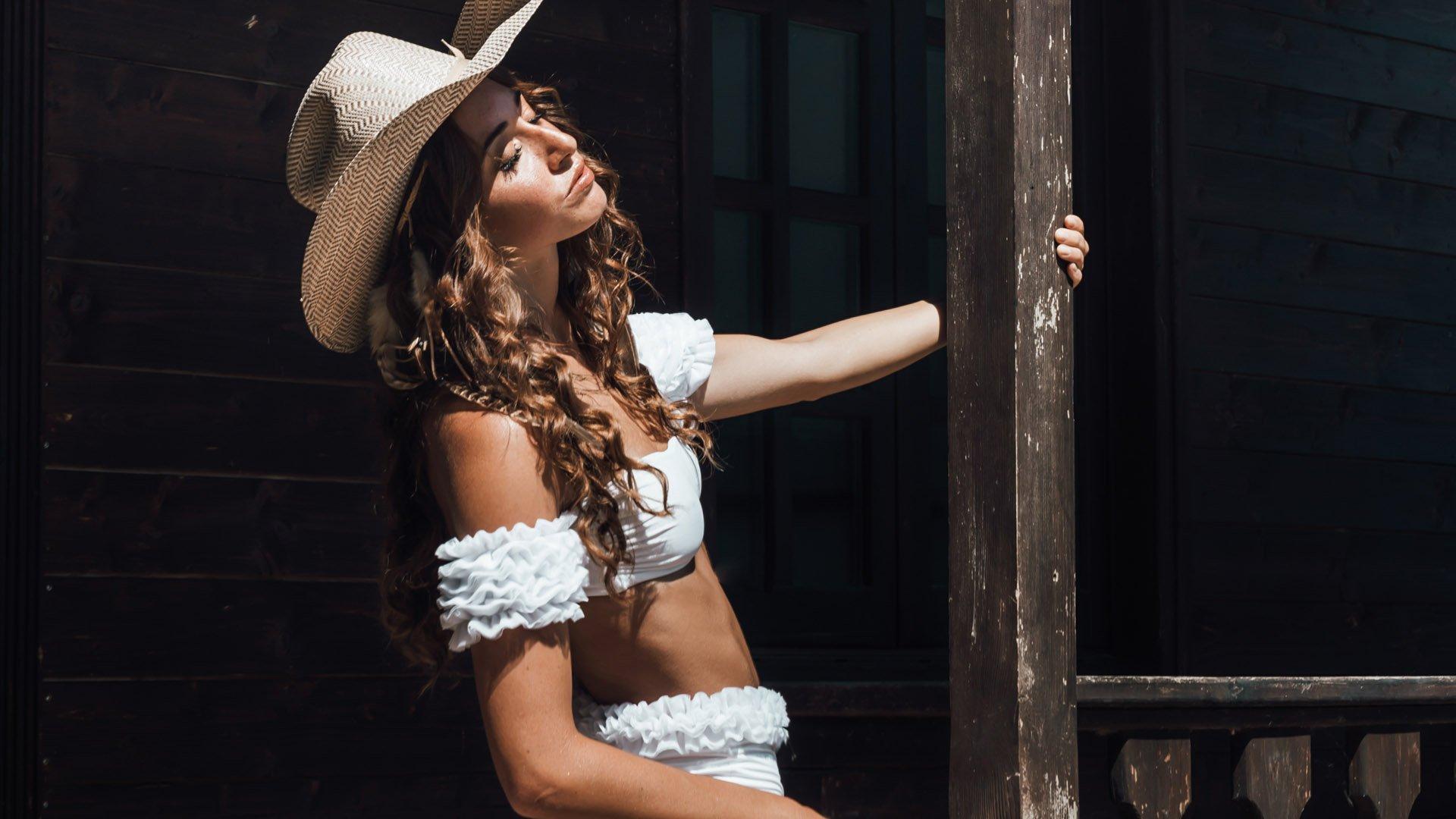 Diva White Bandeau Bikini