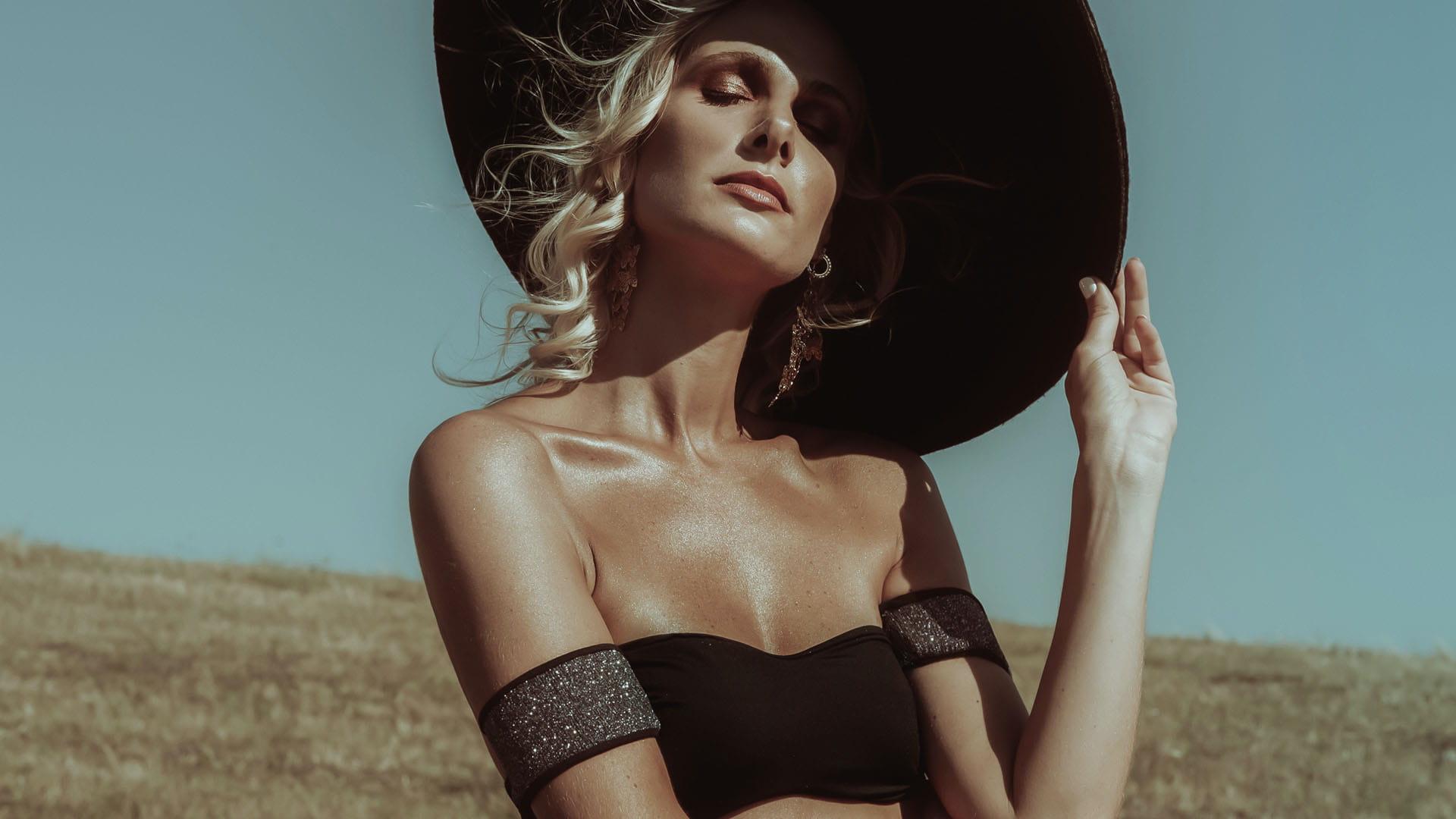 Rockeuse Black Bandeau Bikini