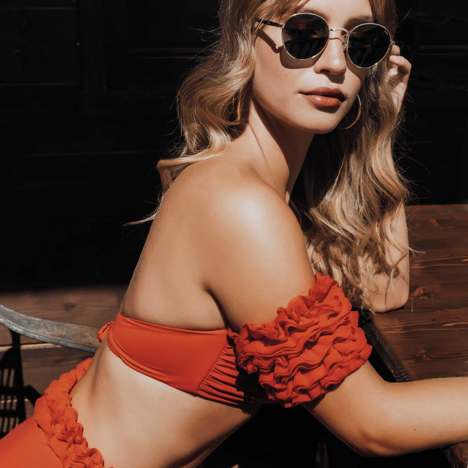 red bikini rosso triangolo kinda 3d swimwear tulle ruffles swimsuits 2020 bikini with flowers swimwear party bikini rosso a fascia costume due pezzi rosso red swimsuit red one piece ruffle swimsuit ruffle bikini
